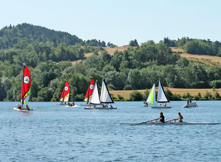 Activité nautiques Aydat - Lac d'Aydat - Mond'Arverne Tourisme