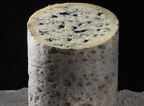 Fourme d'Ambert Fromage AOP d'Auvergne - J. Damase Auvergne-Rhône-Alpes Tourisme
