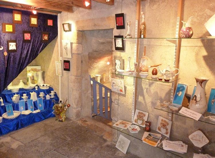 Atelier de céramique Décolib'Ry à Saint-Saturnin - Mond'Arverne