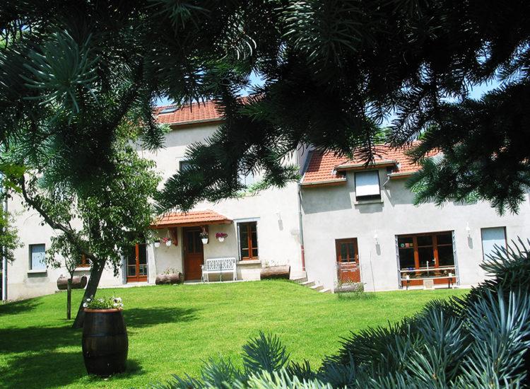 Chambres d'hôtes Le Moulassat à Rouillas-Bas - Jean-Pierre GOLLIARD