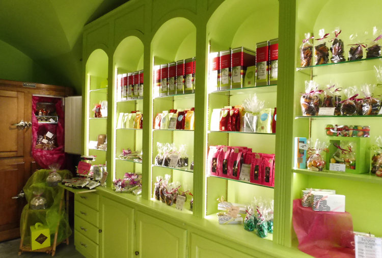 Patisserie chocolaterie Juilhard à St Amant Tallende - Mond'Arverne