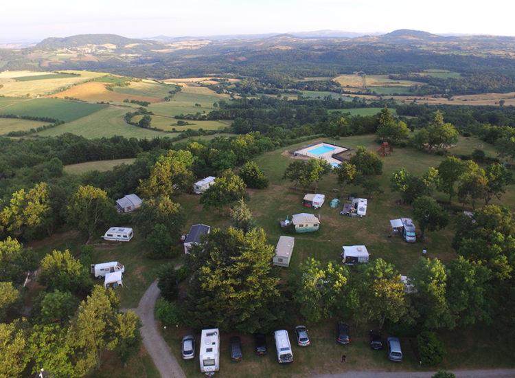 Camping naturiste La Serre de Portelas à Chadrat - Saint-Saturnin - Club du soleil de Clermont-Ferrand