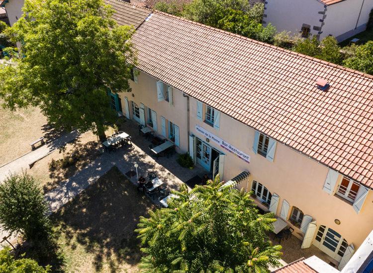 La Maison de la Monne hébergements à Olloix - CANOPEE
