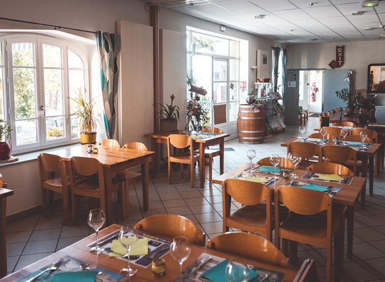La Maison de la Monne restaurant à Olloix - CANOPEE