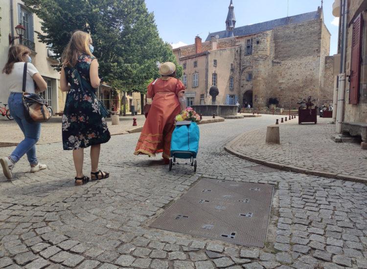Visite théâtralisée de Vic le Comte - Mond'Arverne Tourisme